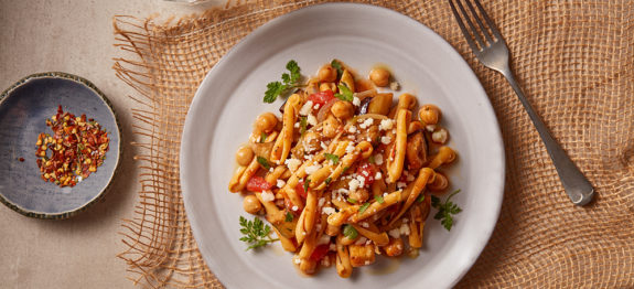 Chickpea pasta with veggie sauce