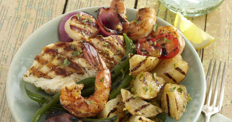 Grilled potato salad with seafood