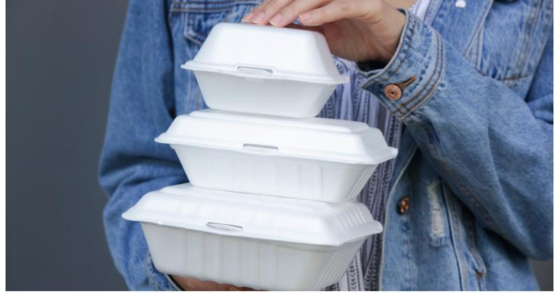clamshell packaging