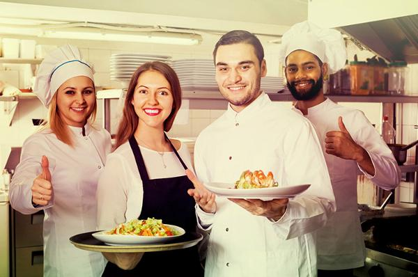 5 Ways Restaurants Get Workers To Emotionally Invest In Their Jobs