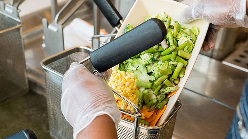 beefsteak hands veggie basket