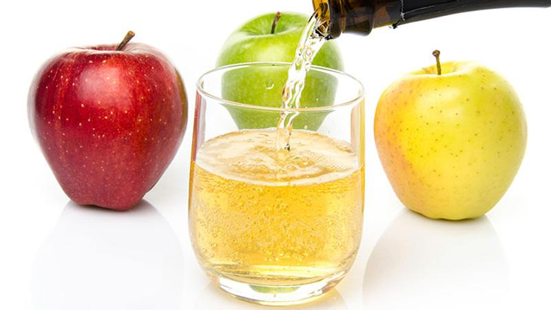 cider glass apples