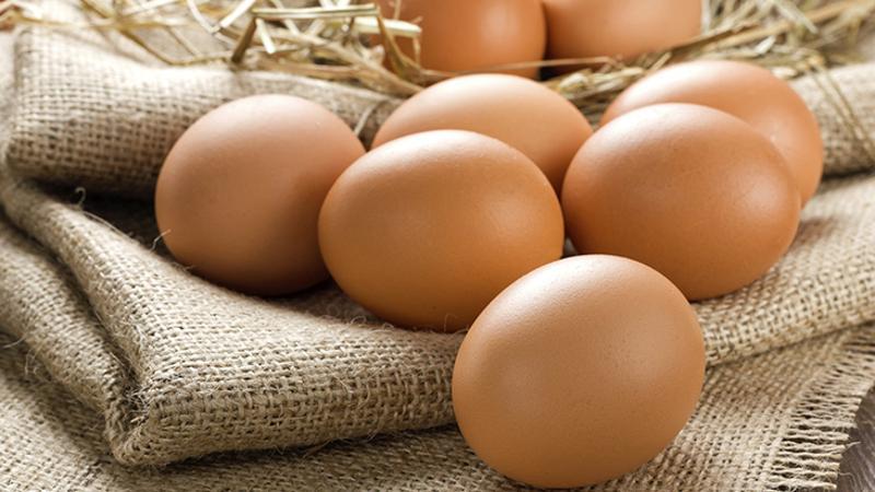 natural organic eggs