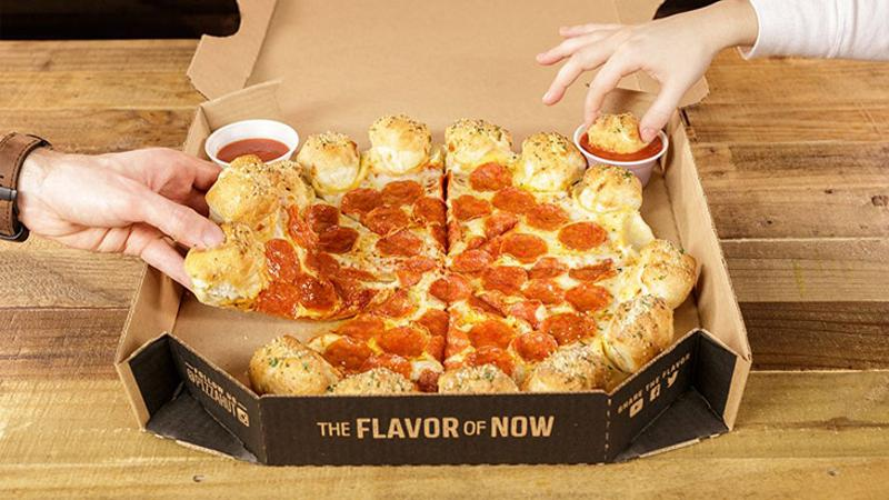 pizza hut garlic knots pizza