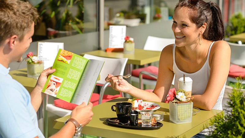 restaurant patio dining
