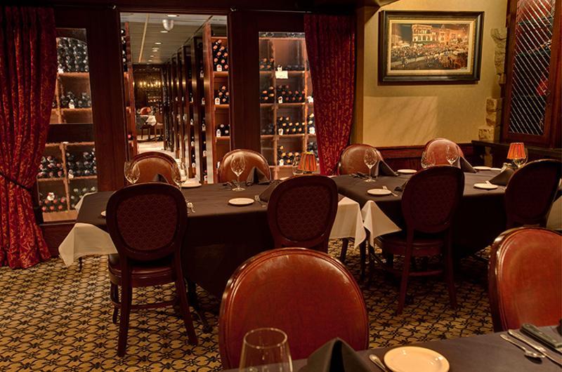 st elmo steakhouse interior