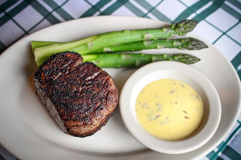 gibsons filet asparagus