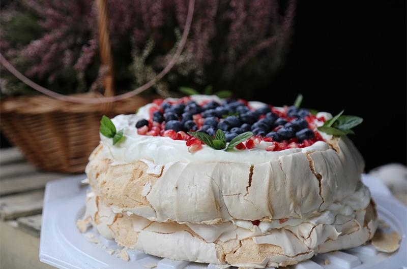 aquafaba cake meringue