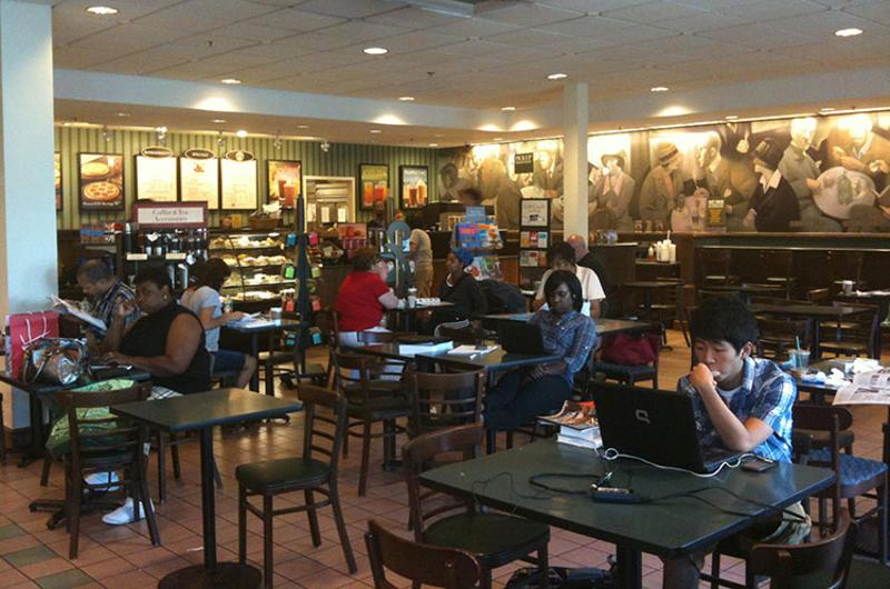 barnes noble cafe