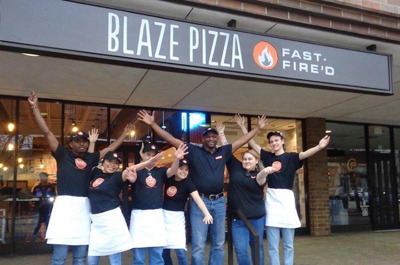 blaze pizza exterior