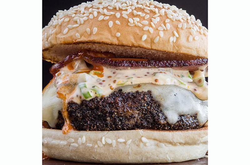 bobby flay burger palaca louisiana