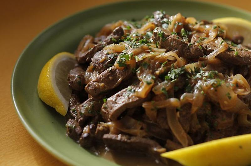 calves liver with sauteed onions