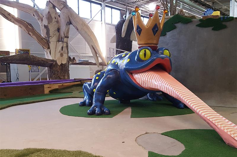 can can wonderland mini golf frog