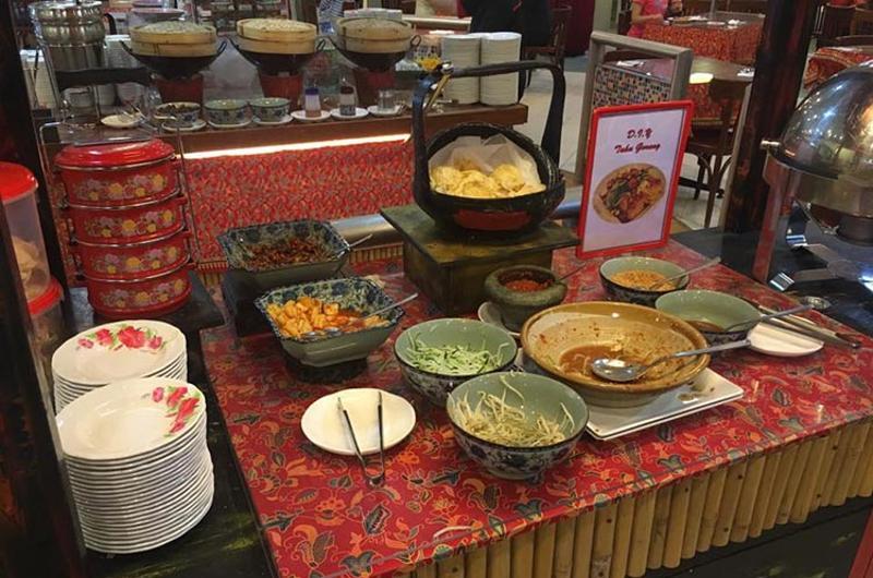 chilli padi nonya cafe interior