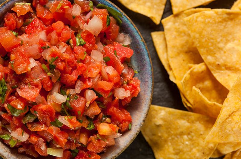 chips salsa bowl table