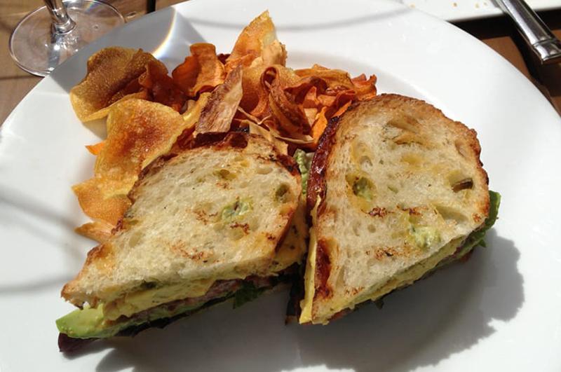 Chronic Breakfast Sandwich, Rioja