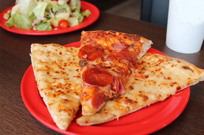 cicis pizza slices plate