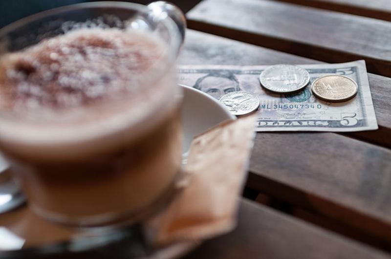 coffee cash tip