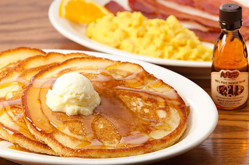 cracker barrel pancake breakfast