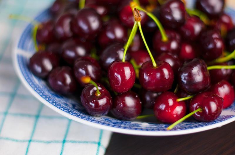 dark cherries bowl