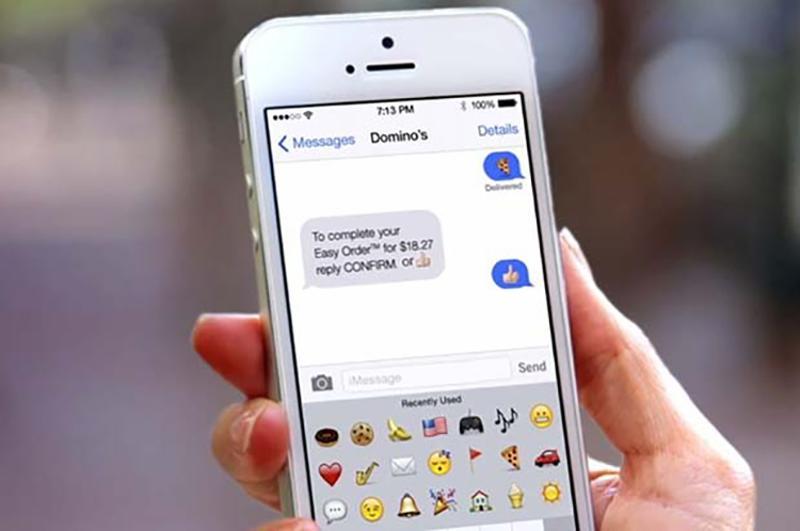 Domino's order via text emoji