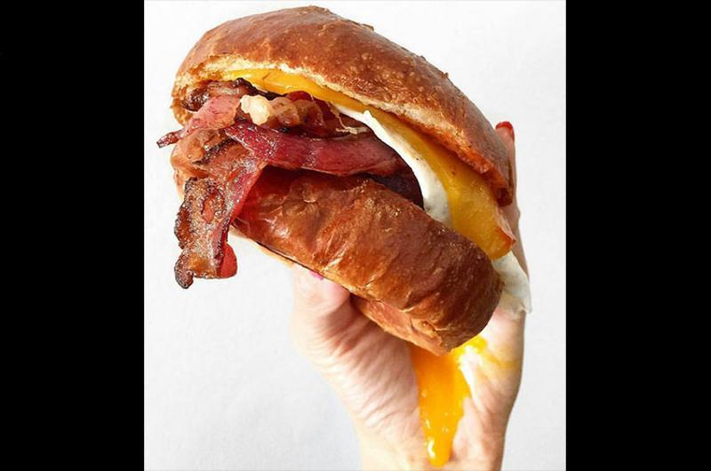 eggslut bacon egg sandwich