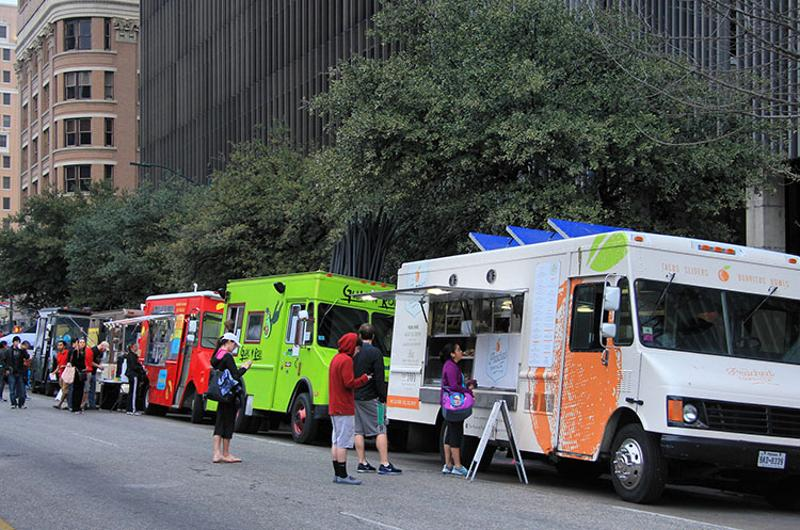 food truck line
