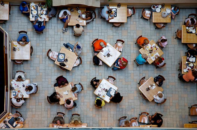 foodservice cafeteria