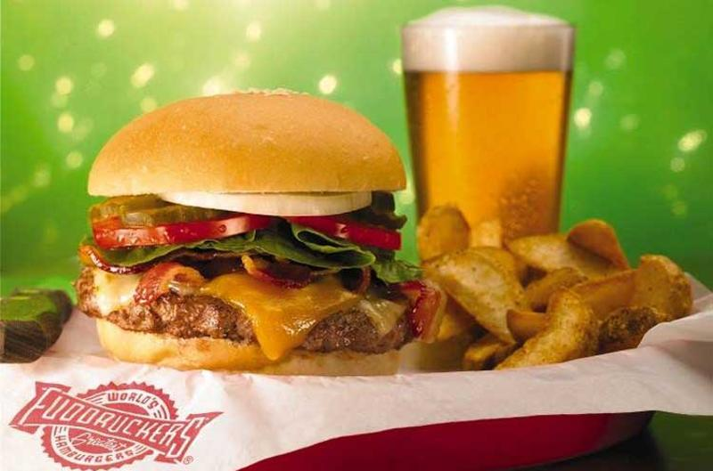 fuddruckers burger beer fries