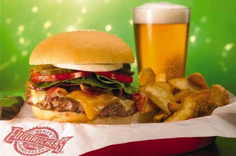 fuddruckers burger beer fries