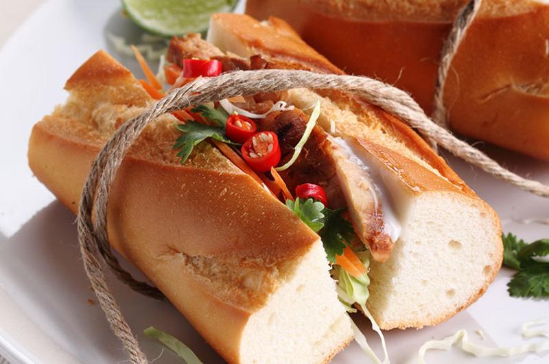 grilled chicken slaw sandwich