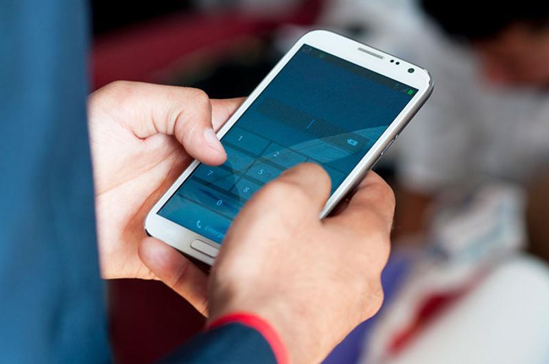 hands smart phone