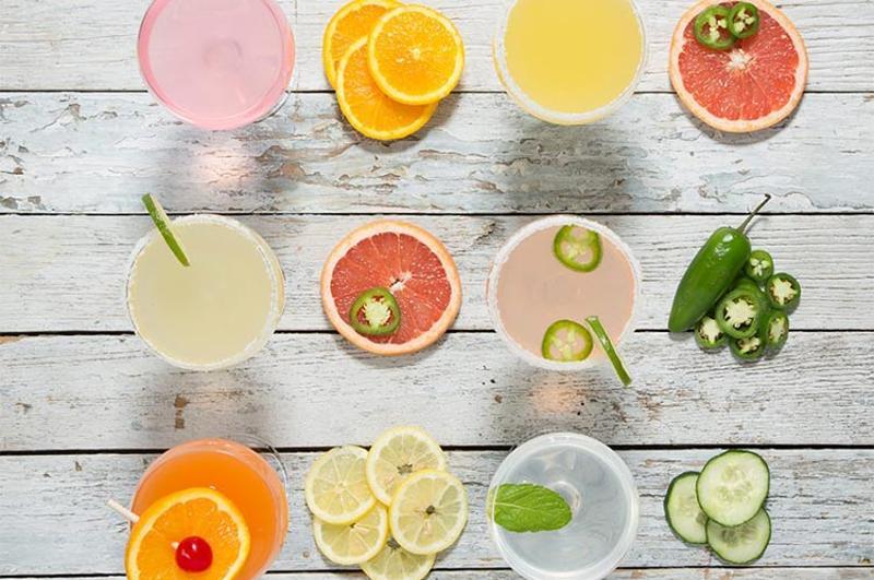 houlihans cocktails