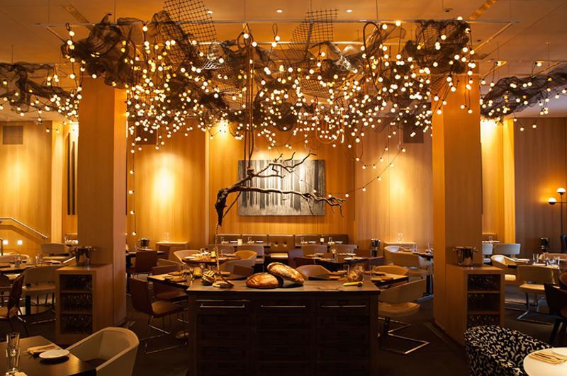 Intro restaurant Chicago