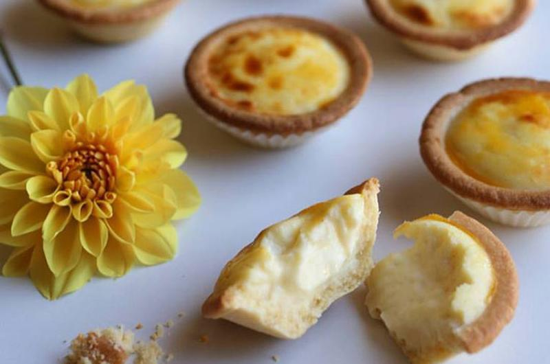japanese cheese tarts table