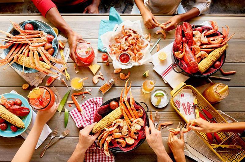 joes crab shack table
