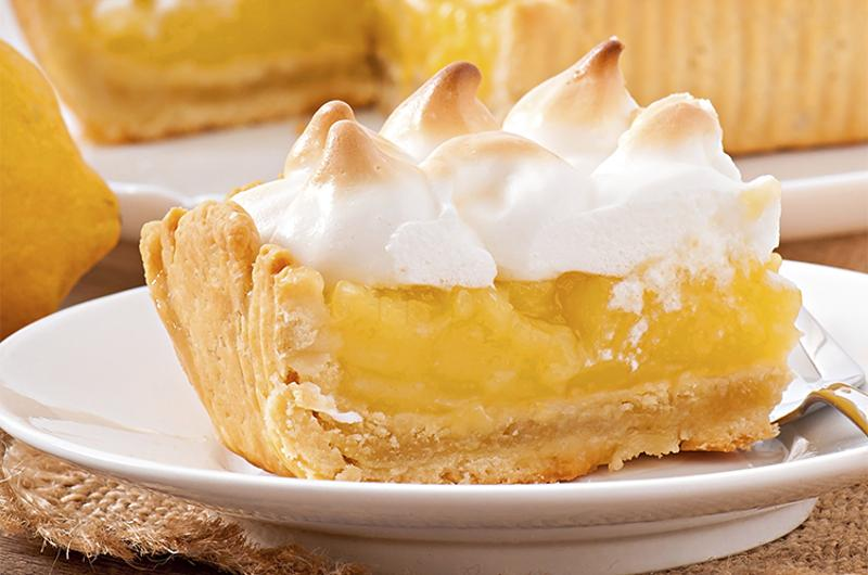 lemon merengue pie slice