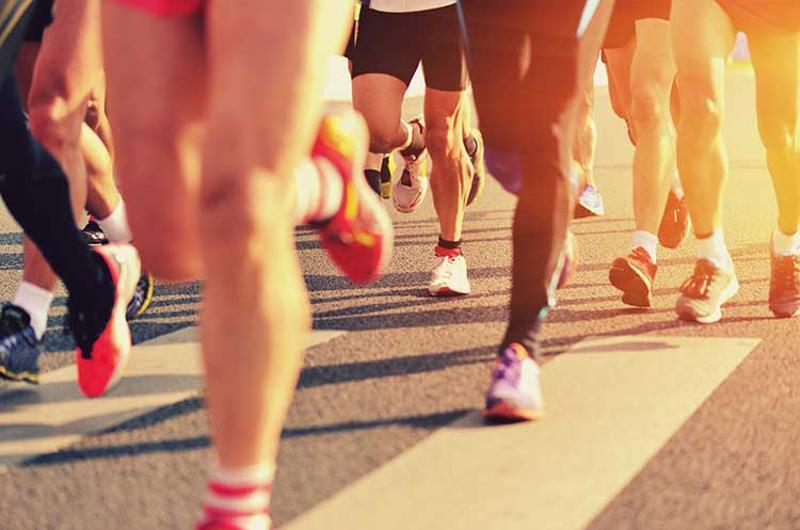 marathon runners legs