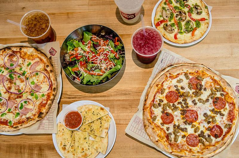 mod pizza table spread