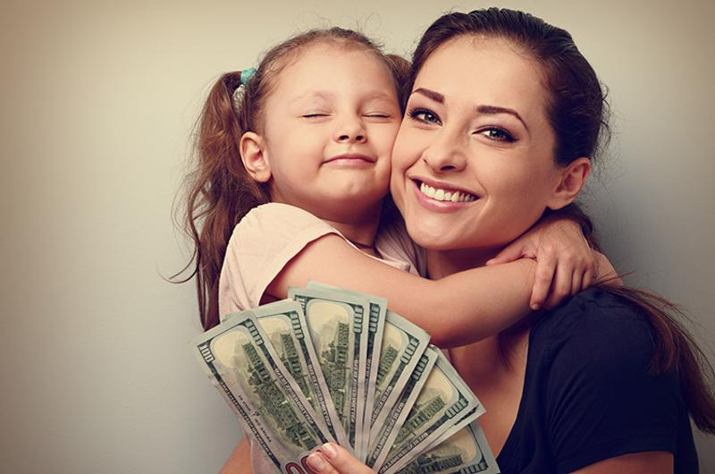 mother daughter money