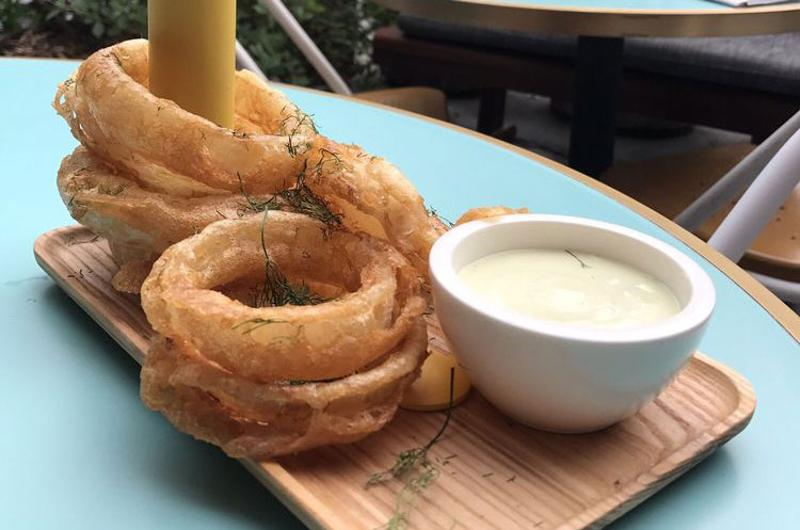 narcbar onion rings