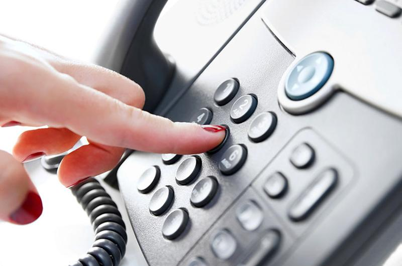 phone dialing call