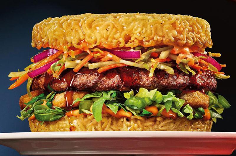 red robin ramen burger