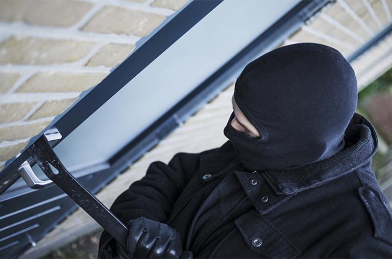 robber robbery burglary