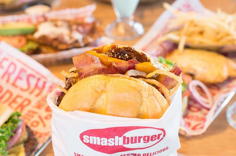 smashburger food burger