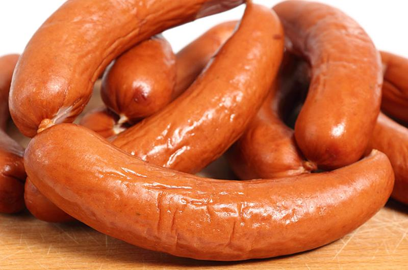 smoked sausage kielbasa cutting board