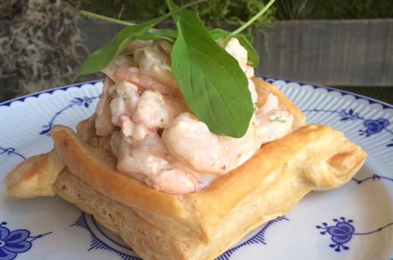 snaggletooth shrimp vol au vant