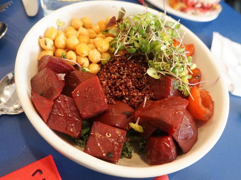 Dimes - Spiced Quinoa Bowl