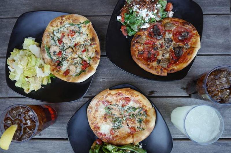 spin neapolitan pizza