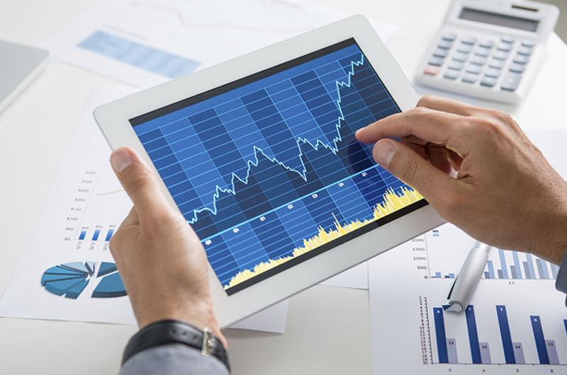 tablet growth analyst